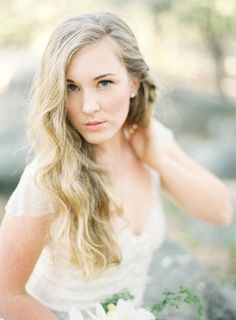 Feminine waves with a twist! Loving this wedding hair inspiration by Jess Wilcox // Jen Huang Photography
