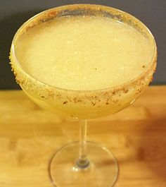 APPLE PIE MARGARITA From: Dr. Marinade  Ingredients: • 1 1Ž2 oz Veev Acai Spirit • 1/2 oz Casa Noble tequila • 2 tbsp apple sauce • 4 oz apple juice • 1/8 tsp nutmeg • Graham cracker crumbs • Ice • Cinnamon for garnish