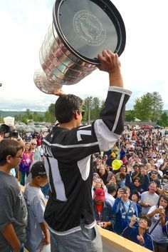 LA Kings' Jordan Nolan Honors Family, Community Back Home In Garden River With Stanley Cup