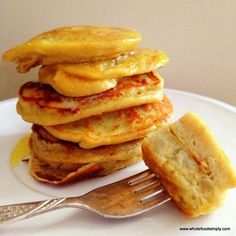 Sweet potato, eggs and some oil/fat for frying - that's all you need for these delicious and nutritious pancakes!