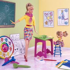 i so wish i had art teacher barbie