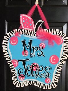 CREATIONS BY CARRIE - Door Hangers