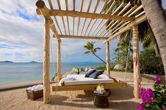For relaxing in the beach garden