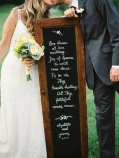 Photo Captured by Nancy Ray via Southern Weddings - Lover.ly