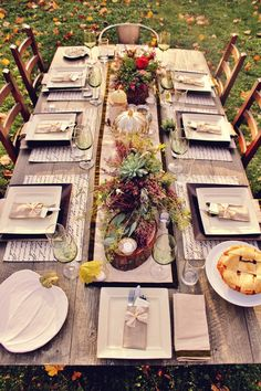 Rustic Thanksgiving table setting from Dee C #pintowin @True Claycombe Goods http://www.pinterest.com/19create57/