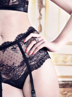 black lace, woman fashion, la perla, lacy lingerie, garters, luxury lingerie, frou frou, vintage style, garter belts