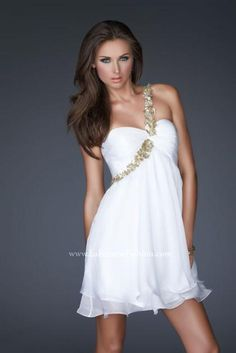 #La Femme 16060 at Prom Dress Shop  shoulder dresses  #2dayslook #shoulder style # shoulderfashion  www.2dayslook.com