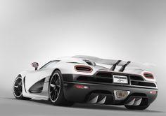 Koenigsegg Agera R:  The New Fastest Car in The World