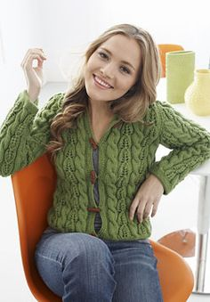 Free Knitting Pattern: Patons Canadiana - Cables and Lace Hoodie