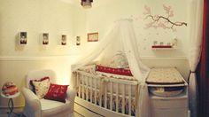 Decoração // Quarto para Bebê // Menina // Simples // Branco e Vermelho // Lindo // ♥