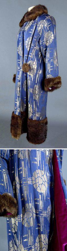 Metallic brocade evening coat ca 1925 30 pattern for Thread pool design pattern