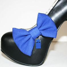 Hey, I found this really awesome Etsy listing at http://www.etsy.com/listing/158348639/doctor-who-tardis-shoe-clips