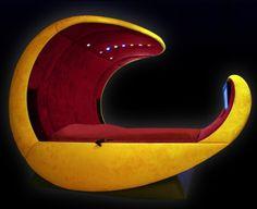 Elegant-design-egg-shaped-bed
