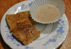 Young Homemakers: Taste of the Season: Pumpkin Pie Spiced Sugar! {ignore the poor lighting...this stuff is a must have in the kitchen for Autumn baking!! <3 Top it on muffins or toast, cookies and bars, sprinkle in your tea or coffee, or as a topping on regular or pumpkin pretzels!}