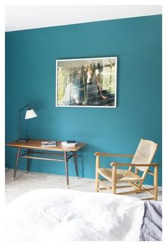 Mur couleur on pinterest 53 images on salons blue walls for Decoration mur