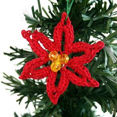Use this Christmas flower as an ornament, brooch, or key chain.