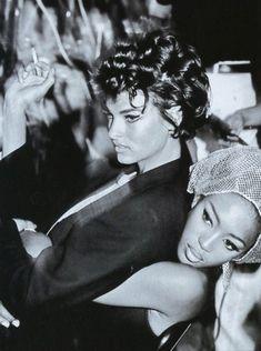 Linda Evangelista & Naomi Campbell, early 90s