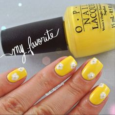 Yellow daisy nails with tiny pearls in the center! By nails_by_cindy using OPI I Just Can't Cope-acabana