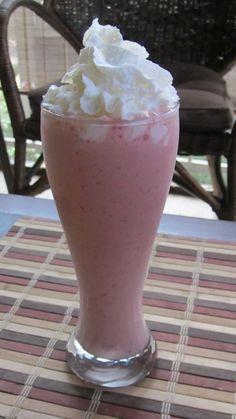 Greek Yogurt Strawberry Banana Smoothie