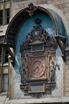 """L'Horloge de la """"Tour de l'Horloge"""" du """"Quai de l'Horloge"""" -  The first public clock of Paris was intalled during Charles V's reign. In 1585, Henri III had it restored and transformed, adding delicate decorations. The sculptures were made by Germain Pilon. The Henri III clock is the one that still can be seen nowadays."""