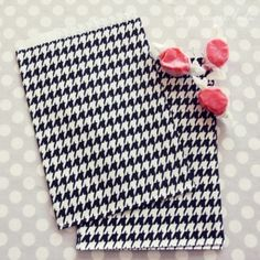 Houndstooth Candy Bags... Great!