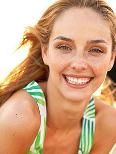 Fight shiny, greasy skin this summer with these super simple makeup tips.