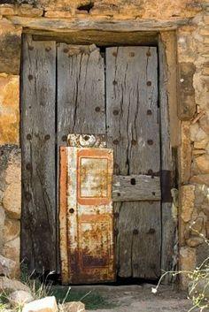 heaven door, rafael laguillo, crack wood, doorway, window, rustic doors, puerta, wooden doors, gate