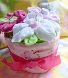 Diaper Cake with 3 Flowers