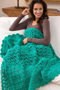 This beautiful lacy crochet pattern is perfect for summer. The crochet shell stitch gives this amazing  throw a light, delicate crochet fan pattern.  | AllFreeCrochetAfghanPatterns.com