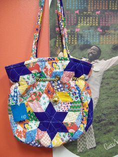Craft Instructions for Tote Bags for Walkers | eHow