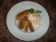 Grilled Bananas in Coconut Caramel Sauce