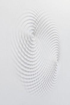 LORIS CECCHINI   Wallwave vibration (yours symmetric relation), 2012
