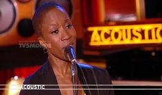 TV5MONDE : Acoustic - ROKIA TRAORE