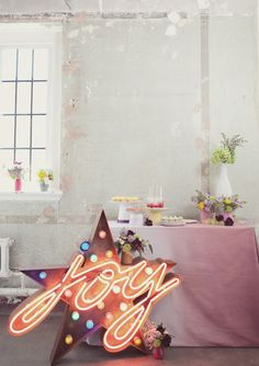 // Party Inspiration: Vintage neon party ideas by Knot & Pop //