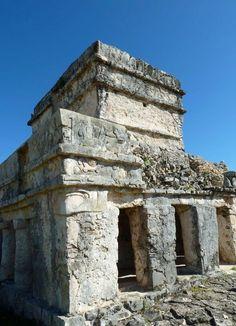 Mayan temple at Tulum, Mayan Riviera, Mexico