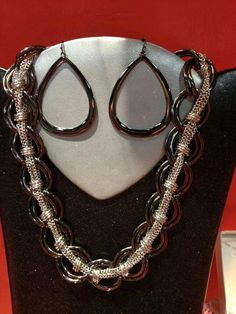 "Premier Designs ""Metro Chic necklace and Hematite plated ""Malibu"" earrings.. Just a fabulous look!"