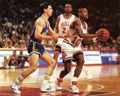 Armstrong vs Stockton