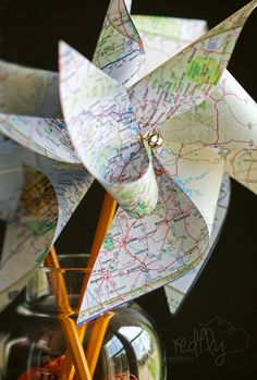 Redfly Creations: decorating- Great for decorating, but would be neat for a geography teacher, too.