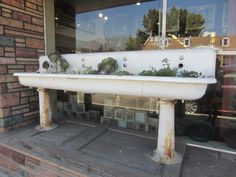 Wow! Big sink! Great idea... architectural salvage, big sink, bathtub garden, architectur salvag, gardens, planter, garden idea, salvag sink, decor idea