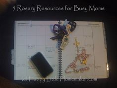 Five Rosary Resources for Busy Moms // catholicmothersonline.com