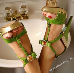 The World in a foot, high heels sandals. green shoes, hot shoes, emeralds, women's jackets, color design, woman fashion, colors, sandals, heels