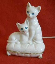 Cat Lamp Vintage White Porcelain Kitty Kittens Night Light Glowing Blue Eyes | eBay