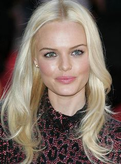 Kate Bosworth's soft, flowing hairstyle is a romantic choice for your next date. How to get the look: 1. To get the look, apply a styling cream and blow dry your hair straight. 2. Use a curling iron to curl the ends of your hair (this will work best on the lowest heat setting). 3. Mist with hairspray to finish.