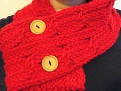 Loom Knit A Cabled Scarf