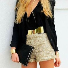 Gold, sparkles and black.... love! #outfit