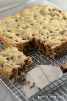 Blondie Brownies from JoshuaTrent.com #blondiebrownies #cookie #brownies