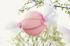 """Linternas chinas de """"caramelo"""", dulce idea para una fiesta de cumpleaños de nena"""