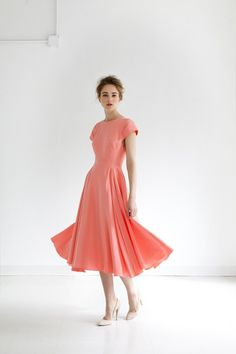 There is something so simple and perfect about this dress... I love it.