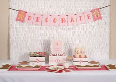 Gingerbread Girl party: cookie decorating station {Jenny Dixon of Craft That Party}