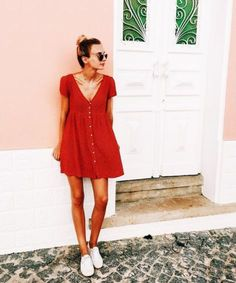 Cute vacation outfits are ideal for warm climates. #summerdress #reddress #summerstyle